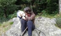 beim Wandern..mit Mama